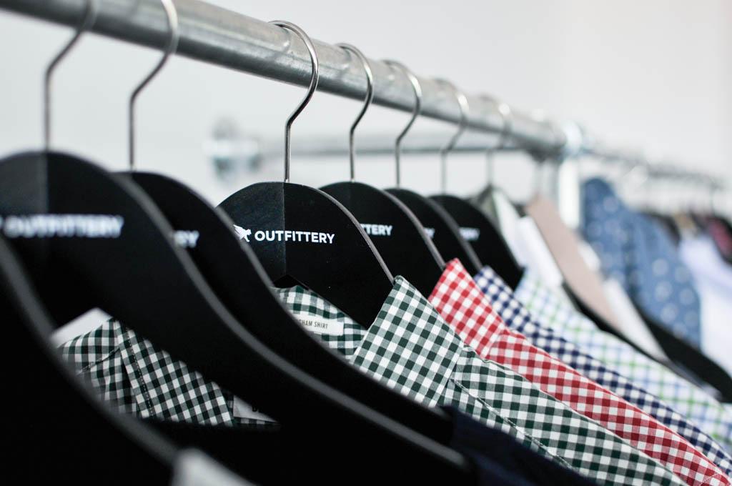 Gegründet wurde Outfittery Anfang 2012 von Julia Bösch, Anna Alex und Tobias Nendel. Das Start-up bietet seinen Kunden Stilberatung samt Versand von Kleidung, Schuhen und Zubehör an.